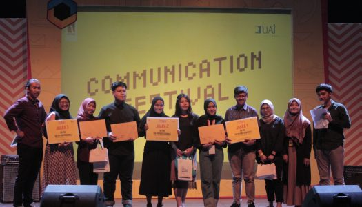 "Mengelola Konten di Industri 4.0 bersama Communication Festival 2019, ""Take A Chance For A Change"""